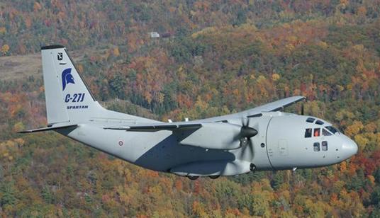 g.222是意大利飞机公司研制的涡桨式中程军用运输机.