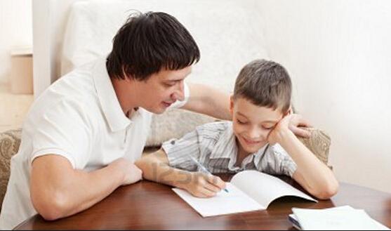 所有的父母都会为自己的小朋友成长呕心沥血,不管是美国还是中
