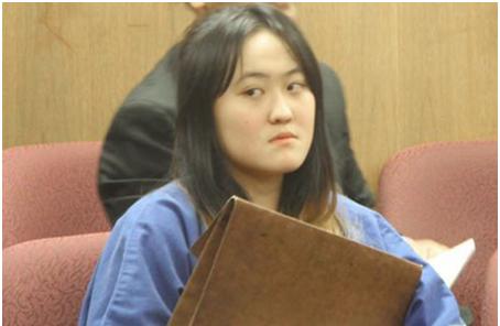 中国留美女生遭同伴扒光衣服围殴